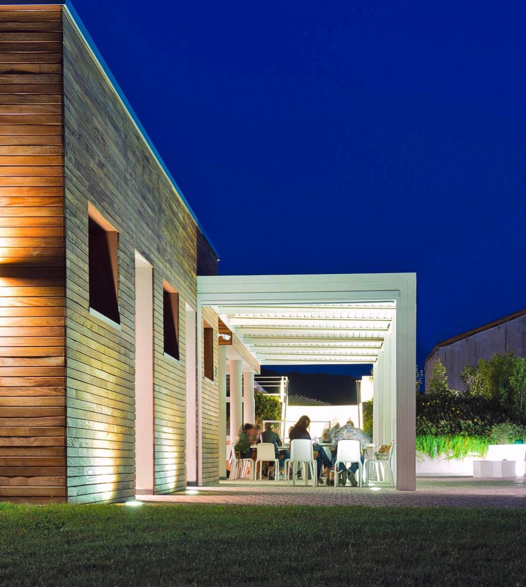 Bioclimatica a misura personalizzata per patio