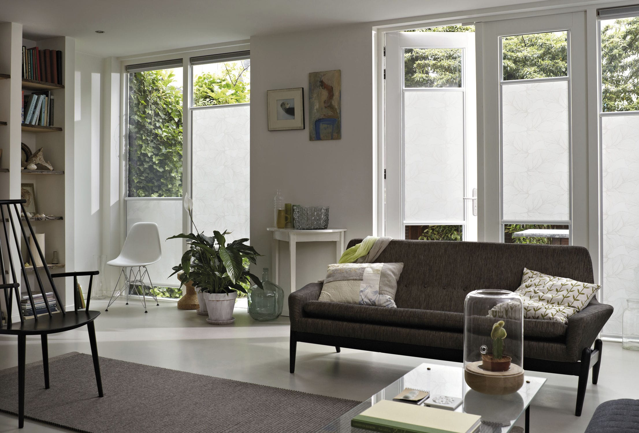 Roller blinds / fabric / window